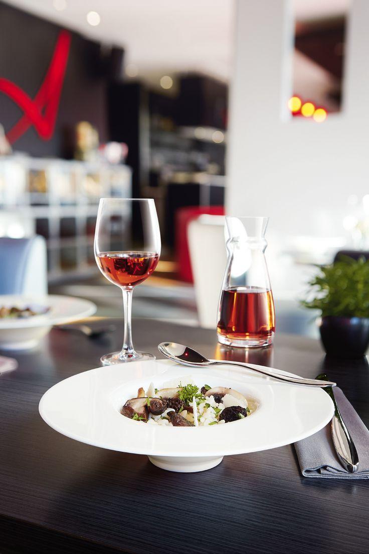 gama 'Intensity, de Arcoroc, una vajilla para restaurantes que deslumbra con sus bordes originales y su perfecta circunferencia. Decorados, pintados, con líneas trazadas… la distinción que crea un ambiente único sobre las mesas y que armoniza cualquier comida con elegancia. #hostelería #restaurantes #bares