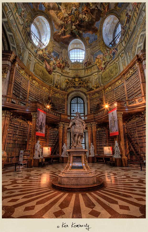 ... a sua Biblioteca Nacional. / ... its National Library. #viena #vienna #tapportugal