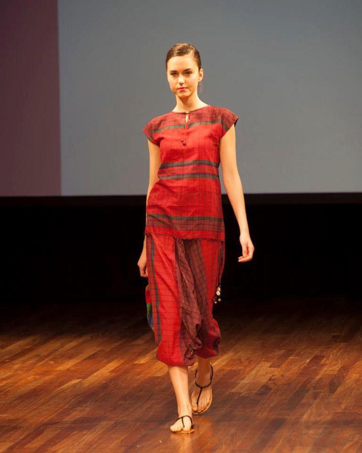 Deshi dosh fashion house 73