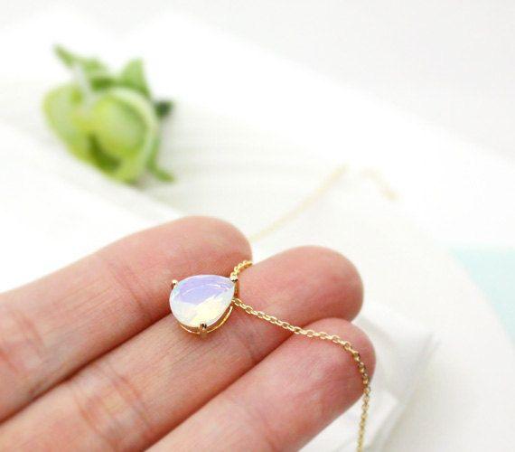 Moonstone Necklace, teardrop,raindrop Necklace,Bridesmaid Gift,white opal, opal pendant, wedding, Everyday Necklace, Stone in Bezel