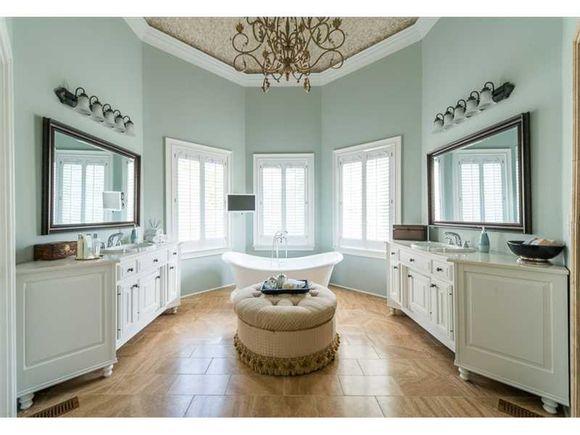 The Master Bathroom In Benjamin Moore Quiet Moments Mixed Metals Step In Shower Stone