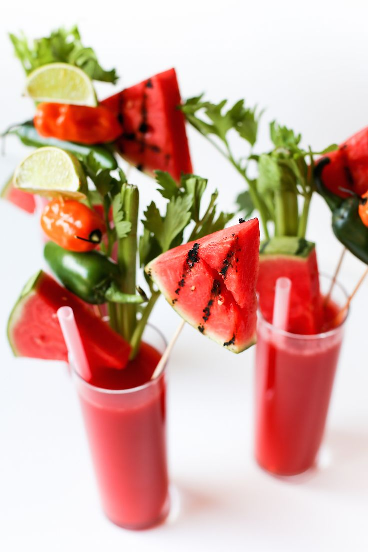 Watermelon Habanero Bloody Marys! Perfect for summer and perfectly refreshing with pureed watermelon juice and packing a lot of flavor with the hot sauce!