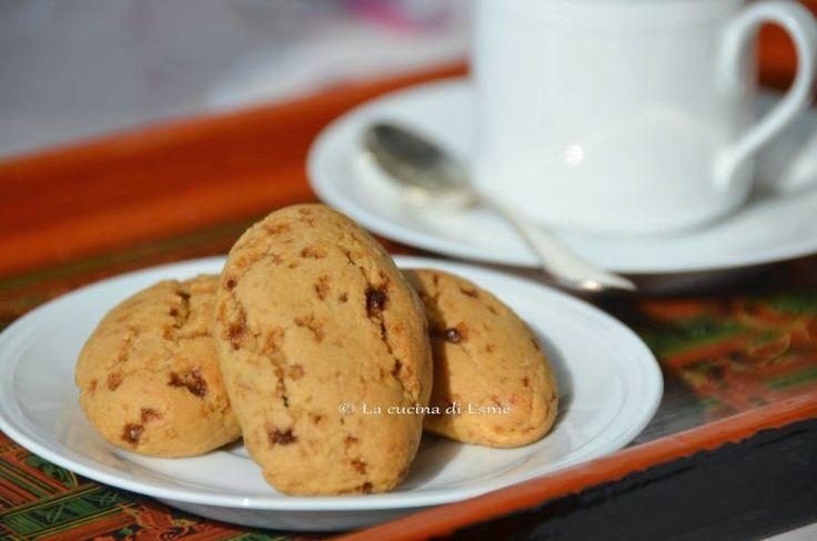 La cucina di Esme: Biscotti latte e miele di melata, senza uova....pensando a te.