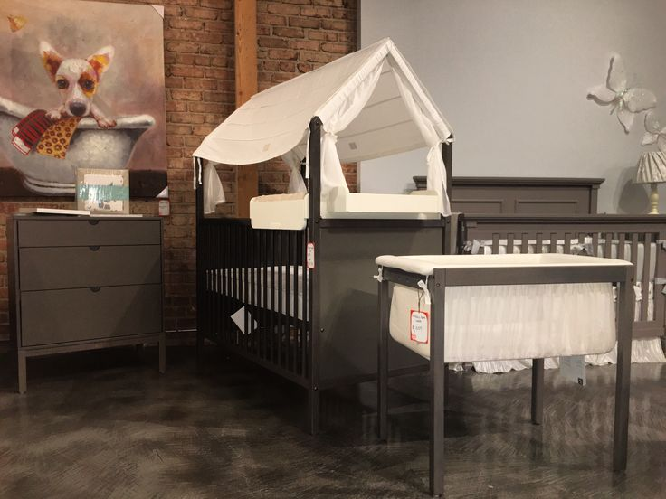 This Modern House Shaped Convertible Crib Offers Calm Ambiance For Both You  And Your Baby.