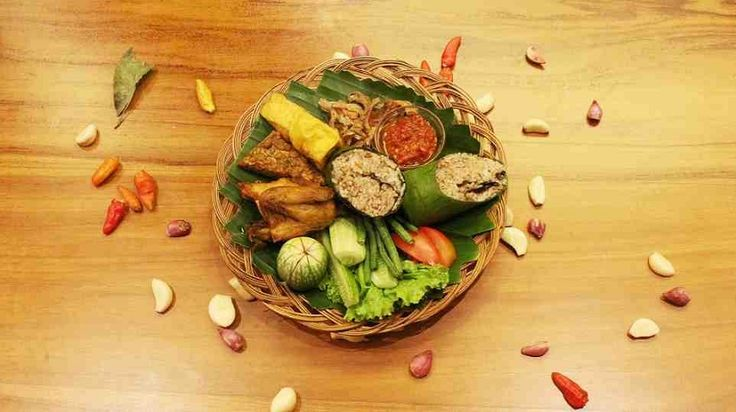 """Presenting the Newly-Improved """"Nasi Bakar Kecombrang"""" by Pesona Alam Resort & Spa"""
