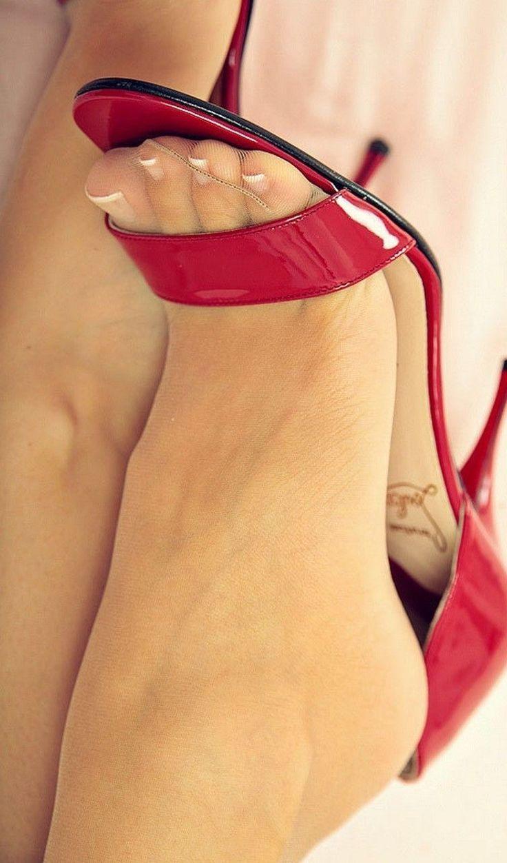 Girl shoes #stilettoheelsnylons