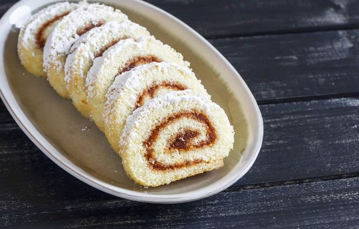 NEW! - Moist and Easy to Roll Gluten Free Swiss Roll (or Jelly Roll) with optional Dulce de Leche Pumpkin-Spiced or Cinnamon Filling - Get this members only recipe at http://glutenfreerecipebox.com/gluten-free-swiss-roll-jelly-roll-dulce-de-leche/ #glutenfree