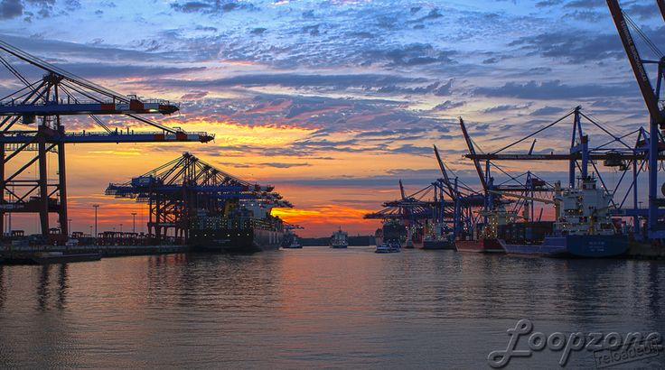 #hdr #hamburg #germany #sunset #waltershof // HDR-Fotografie www.Loopzone.de