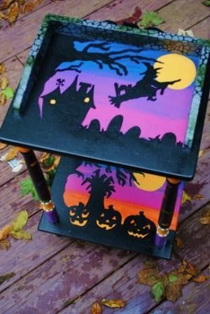 Halloween table get any holiday table from The Decorative Paintbrush