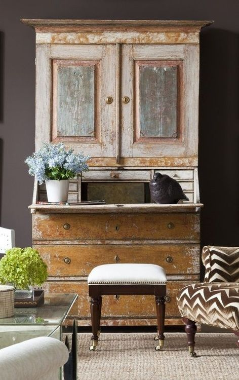 17 best images about design tips how to mix vintage for Modern antique decor