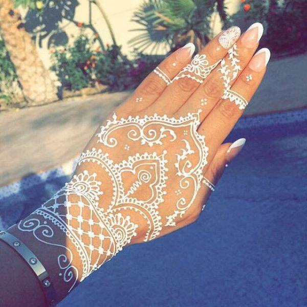 ::::♡ ♤ ✿⊱╮☼ ♧☾ PINTEREST.COM christiancross ☀❤ قطـﮧ ⁂ ⦿ ⥾ ⦿ ⁂  ❤U •♥•*⦿[†] :::: 19 Stunning White Henna Designs For You