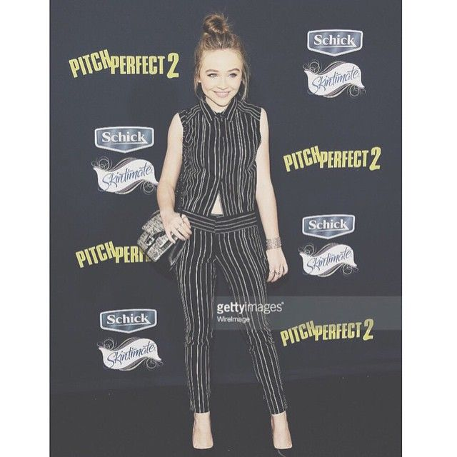 Sabrina carpenter at the Picth perfect 2 premier