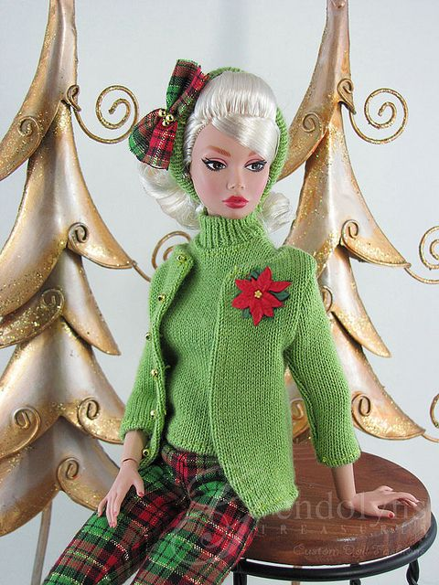 CHRISTMAS GREEN by Gwendolyns Treasures, via Flickr