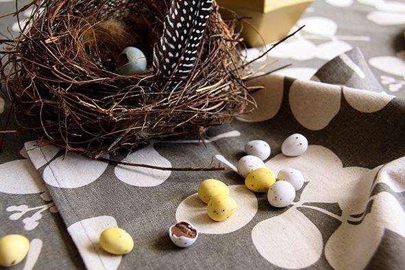 Dandi Mini Easter Eggs. Easter table decorating.  www.dandi.com.au