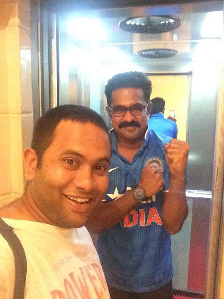 Asif Ali and Aju Varghese-2209 Kohinoor Malayalam movie 2015 stills- Asif Ali, Indrajith, A