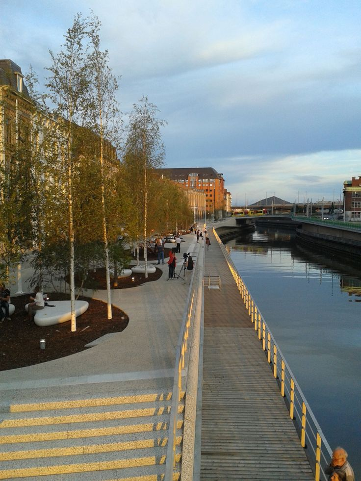 Phénix 4.8, quays of Charleroi / MA - L'Escaut-V+ / Mission of urbanism and architecture
