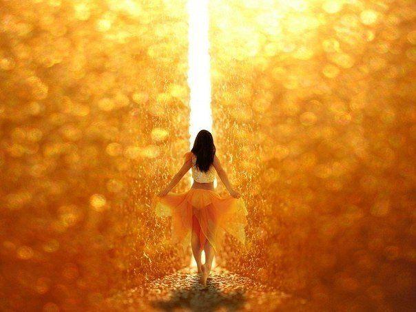 Падать — часть жизни, подниматься на ноги — ее проживание. Быть живым — это подарок, а быть счастливым — это ваш выбор.