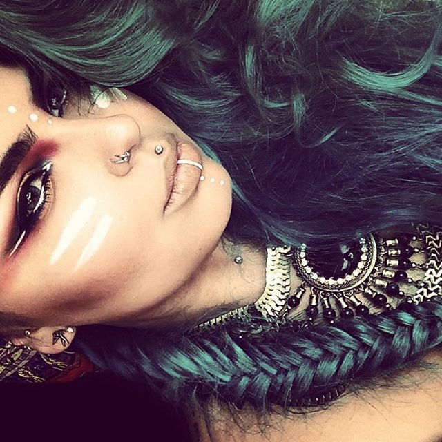 @missjazminad teaches us some of her favorite designs on her YouTube channel, Miss Jazmina. With over ten thousand subscribers, she is progressively making her mark in the world of makeup art... READ MORE: blog.furlesscosme...