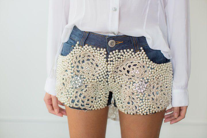 Oi …. Olha que lindo este look! ♥♥ Amei…..acesse: www.http://elcosturas.com.br Serviços que fazemos em nosso atelie em ajustes e shorts e bermudas: Ajustar Cós de short; Apertar cintura de bermuda; Ajustar quadril de short; Ajustar lateral de bermuda; Ajustar perna de short, Ajustar cavalo de bermuda, Com a temperatura lá em cima ,quando o termômetro