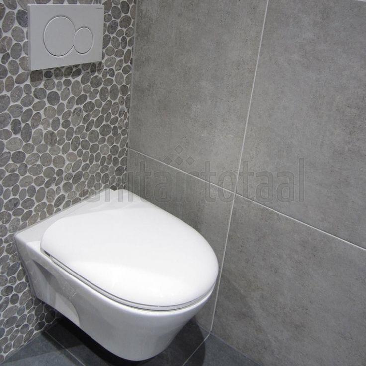 Mozaïek tegels, Tegels badkamer grijs, tegelstroken toilet ...