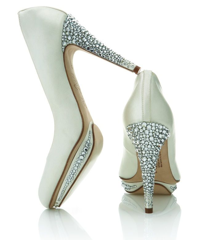 um hi swarovski pumps: The Vows, Wedding Shoes, Weddings, Shoes Collection, Wedding Heels, Bridesmaid Shoes, Harriet Wild, Bridal Shoes, Bling Bling