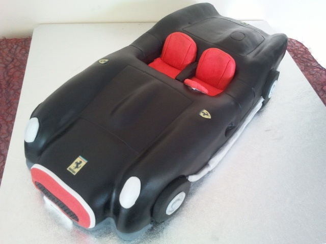 Ferrari Testa Rossa car cake by cacamilis, via Flickr