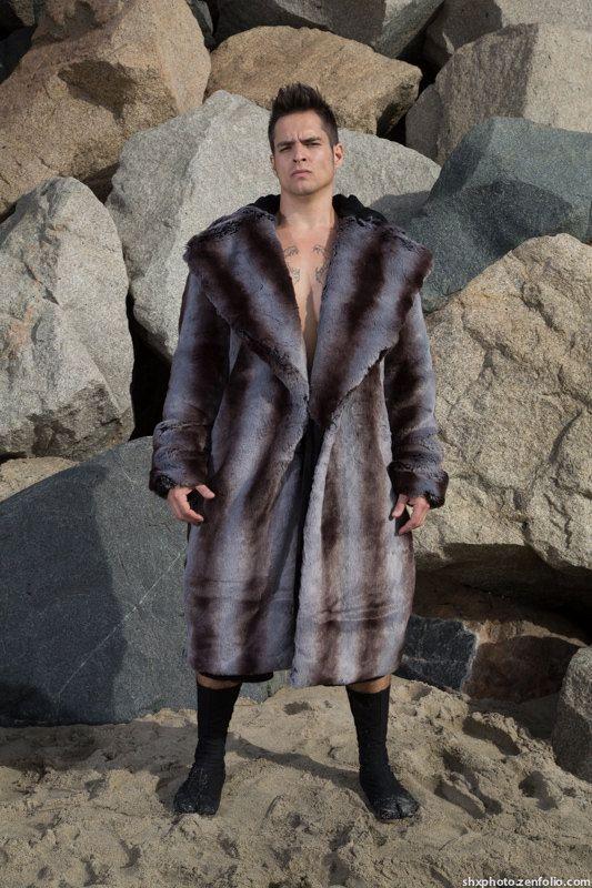 Men's Vandal Faux Fur coat with zip off hood in Cerberus
