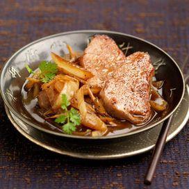 Filet mignon de porc aux oignons caramélisés