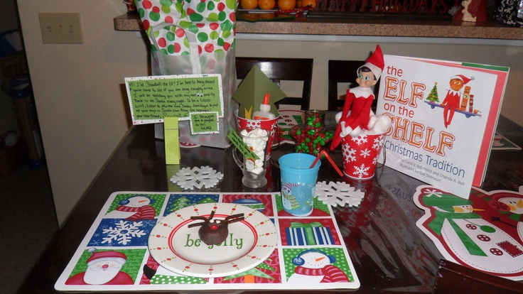 My version of the North pole breakfast....when our elf arrived, bringing a gift and a craft project!