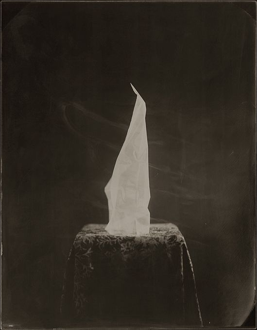 Ben Cauchi. That Which Can Be Seen Is Not All There Is, 2013, ambrotype, 360 x 280 mm