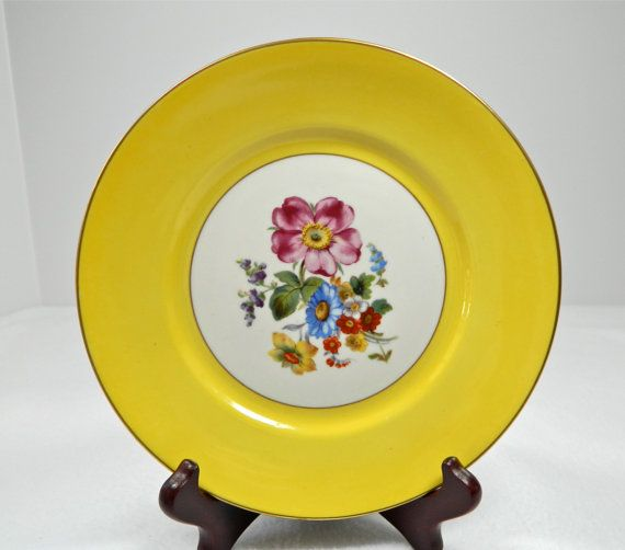 Vintage Richard Ginori floral plate Italy by 3SisterzJewelry, $15.00
