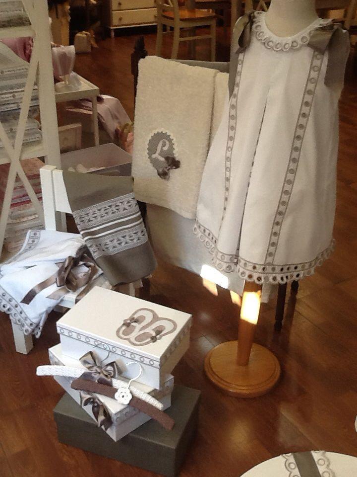 Pinterest the world s catalog of ideas - Como poner el traje de comunion en casa ...