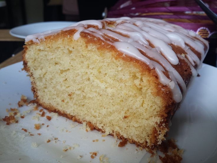 Nigella Lawson's Perfect Every Time Lemon Drizzle Cake