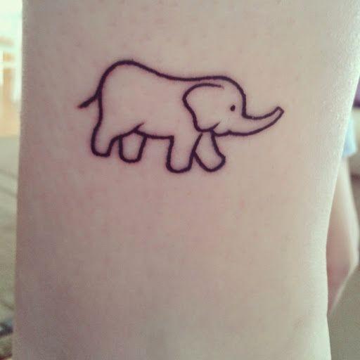 Petit tatouage éléphanteau contour