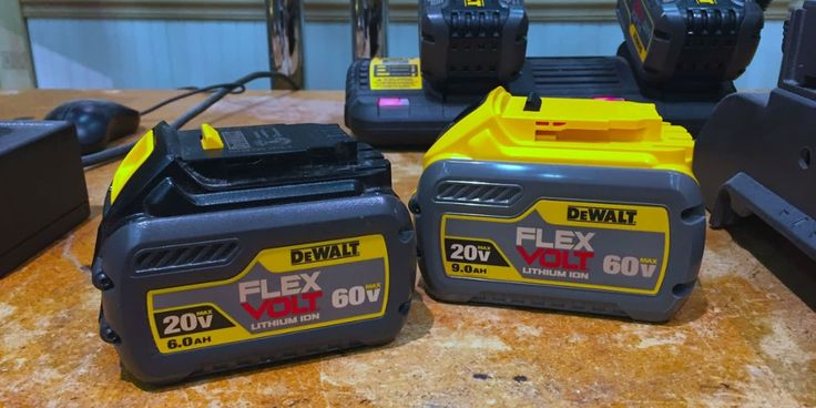 Check out these new cordless tools from Ridgid, Ryobi and DeWalt    http://qoo.ly/b5hyz
