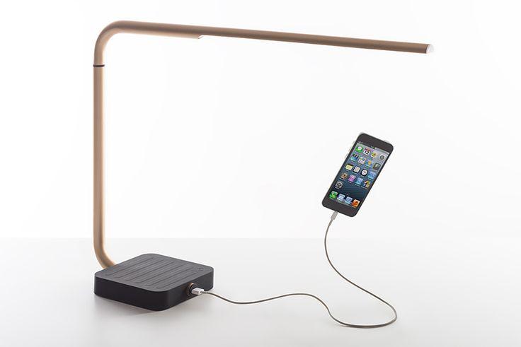 spalvierdelciotto designs a LED desk lamp for lexon