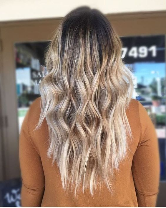 long hairstyle | dark root | blonde | highlight | curly | wand | curls | with hair extensions