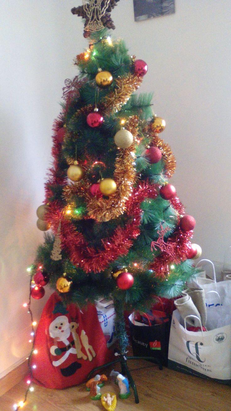 Se não todas, quase todas as casa portuguesas contam com uma árvore de Natal enfeitada.