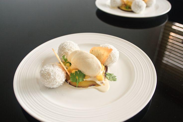 Glutinous Rice Dumplings, Sesame Variations & Fresh Mango #vietnamesefood #dessert #icecream #recipe