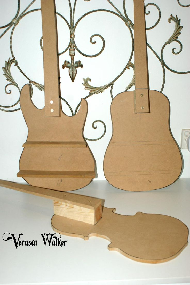 For sale on Ebay Guitar 3D cake structure