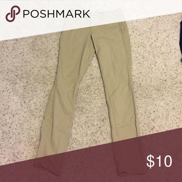 Aeropostale school pants worn once! didn't fit right. skinny low rise 0 Reg Aeropostale Pants Skinny