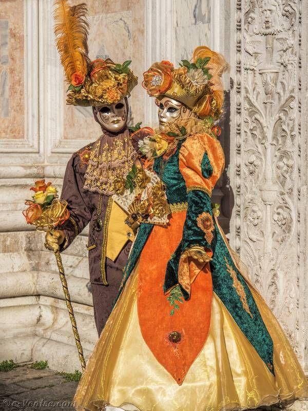 Les Costumes Du Carnaval De Venise Carnaval De Venise Carnaval