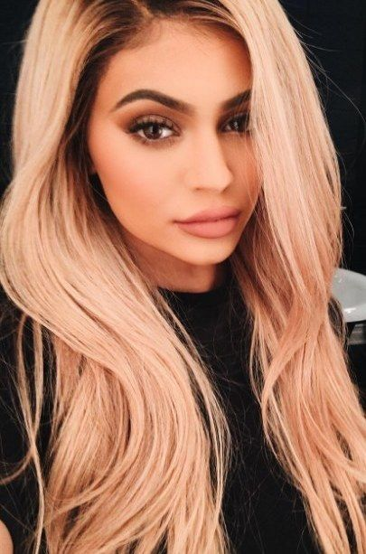 Kylie Jenner Has Gone Full Kim Kardashian With Her New Hair