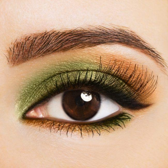 Зеленые, Медные и бронзовые тона подходят средне–карим глазам. Не рекомендуется использовать любые серые цвета