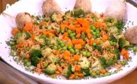 #Ρύζικαστανό με #λαχανικά και #ψαροκροκέτα ψητή #happyday