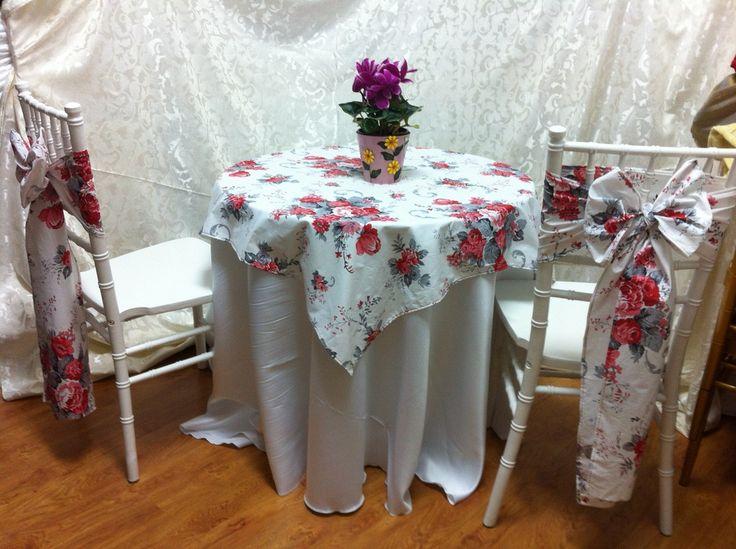 Huse scaune, esarfe decorative de vanzare - Kotys Design & Events