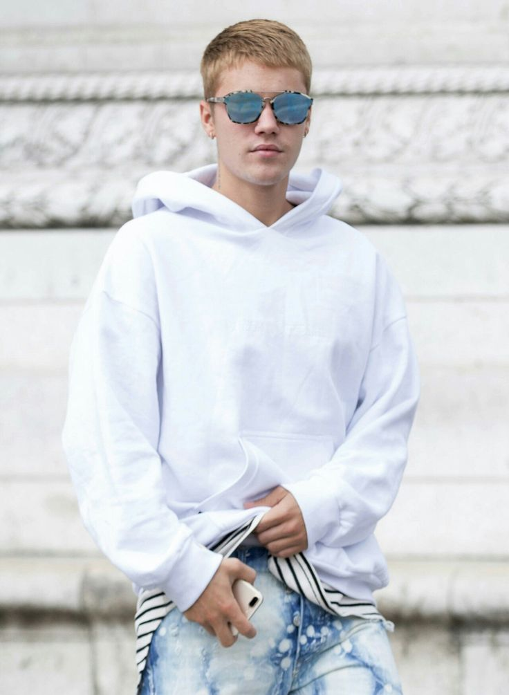 1162 best Justin Bieber 2015-2017 images on Pinterest ...