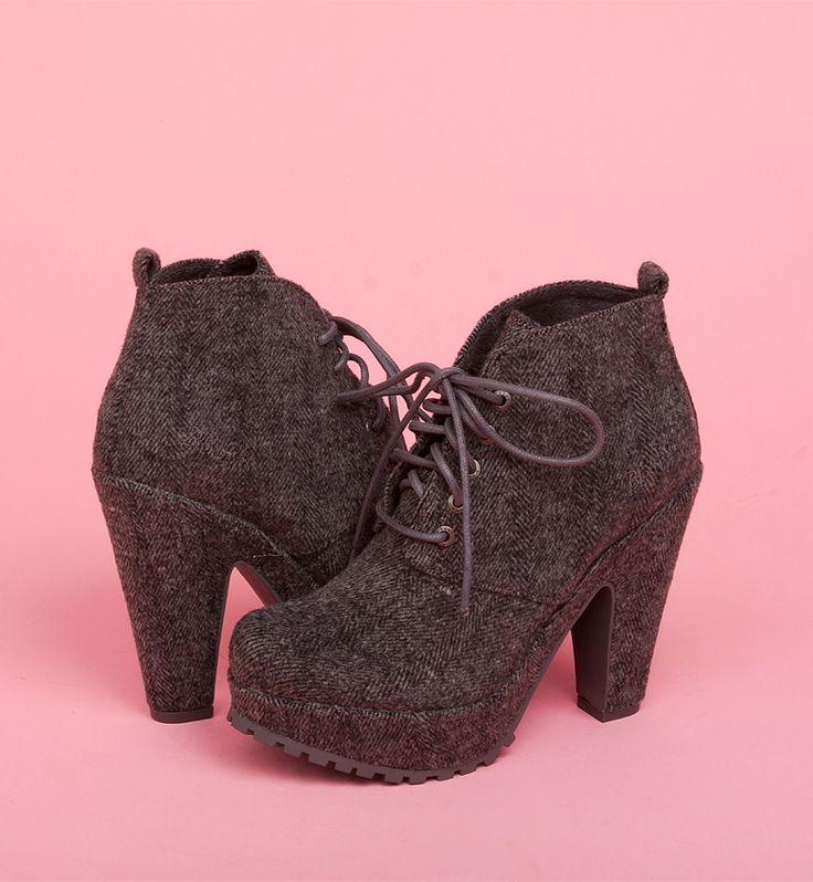 Vex | Blowfish Shoes | $69