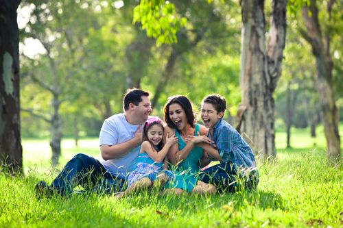 How to raise a healthy child with Balanced Parenting : Every mother and father should learn how to raise a healthy child because that will play a crucial role in the development of a child's identity. #healthy_living