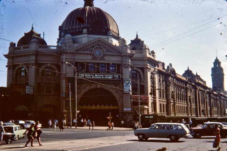 Flinders St Station 1970